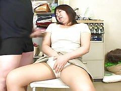 Екстремни вагина фистинг и стречинг